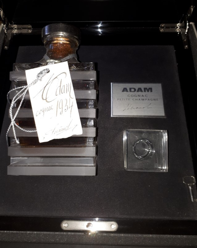 "Cognac Petite Champagne Cognac Lheraud ""Coffret Adam 1934"" 1934 70 cl."